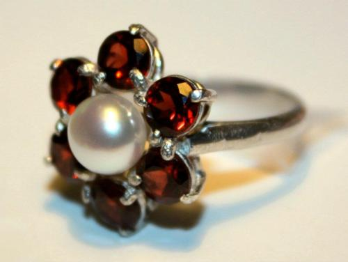 Ring - Sterling silver, garnets, and pearl
